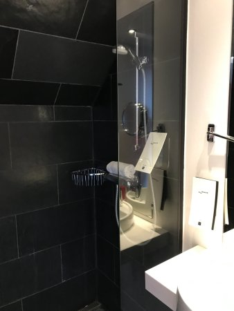 Soap Pump With A Sink Hole Cover