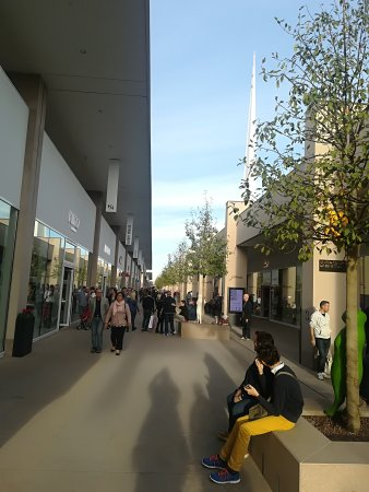 Torino Outlet Village - Picture of Torino Outlet Village, Settimo ...