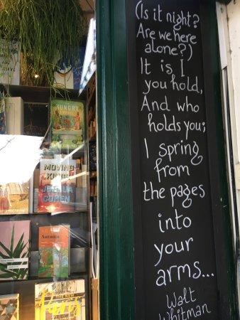Best book shops in paris