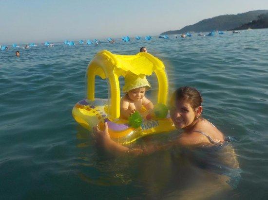 Mediteran Hotel & Resort: The sea with sun beds