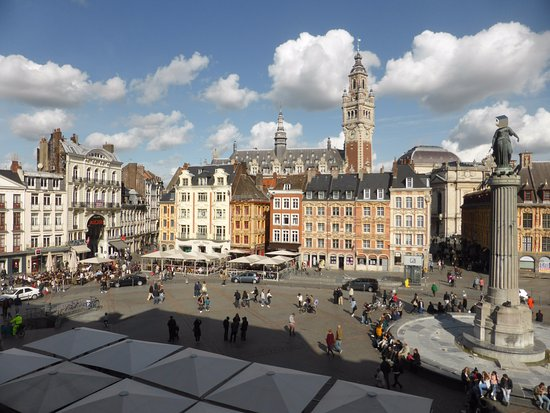 Grand place picture of grand hotel bellevue lille for Hotels lille