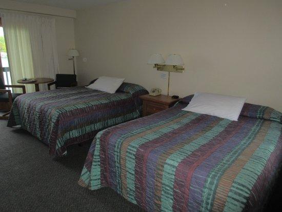 Γκρίνβιλ, Μέιν: Queen bed room