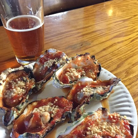 Marshall, CA: BBQ Oysters at Tony's