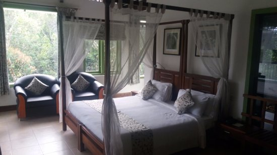 Aanavilasam Luxury Plantation House: The Presidential Suite