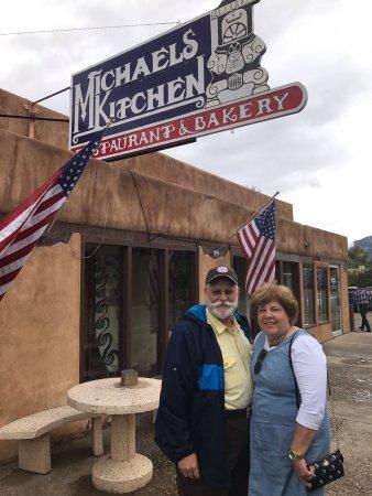 Michaels Kitchen Cafe & Bakery: photo0.jpg