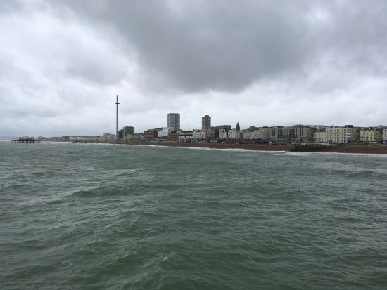 Brighton Beach: The view from the pier of the city sea line