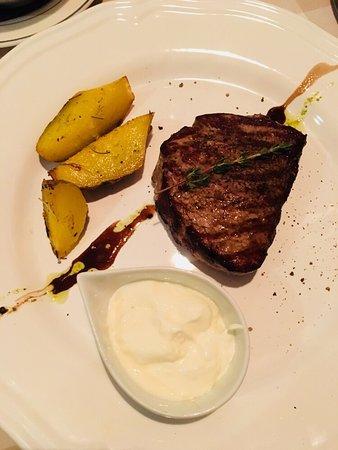 Beef Eater's: photo0.jpg