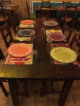 Tavolo preparato con tovagliette all 39 americana foto di cantina ranchera alghero tripadvisor - Tavolo all americana ...