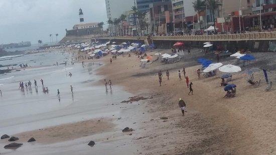 Monte Pascoal Praia Hotel Salvador: Esta é a foto da realidade da praia.