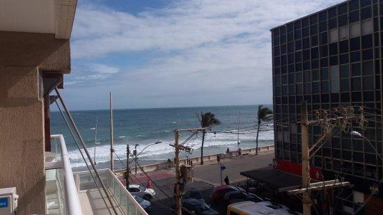Monte Pascoal Praia Hotel Salvador: Vista lateral mar do apartamento