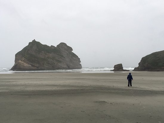 Golden Bay, New Zealand: Wharariki Beach. Wet and grey weather just added to the solitude.