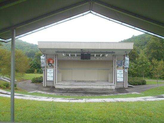 Galax, VA: Music Pavillion
