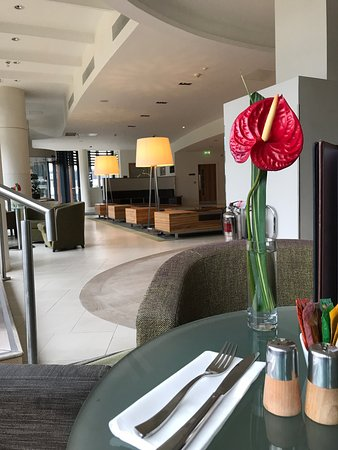Winnersh, UK: Executive room on 6 th floor - parking free but small spaces avail for hotel guests