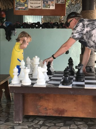 Arorangi, Cook Adaları: Fabulous family holiday.