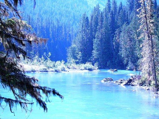캐나다 로키 산맥 이미지