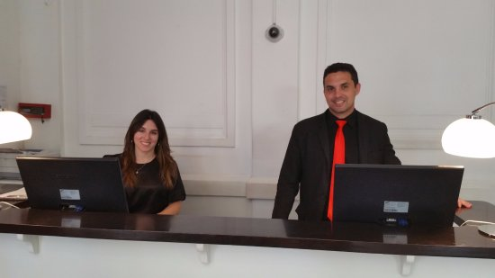 Tango de Mayo Hotel: Service with a smile. There are more of them, just as cute!