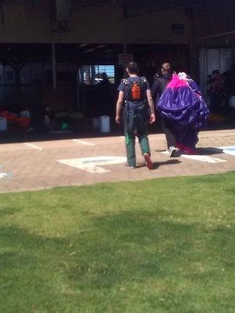 Adelaide Tandem Skydiving: Top gun stance