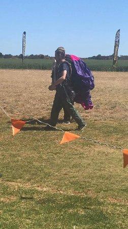 Adelaide Tandem Skydiving: Tom cruise mission accomplished