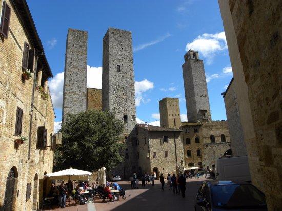 Torre Grossa (o Torre del palazzo del Podesta) : towers of San Gimignano