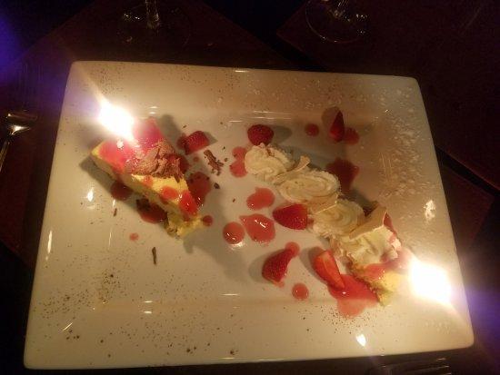 Echo Canyon Spa Resort: Dessert was fabulous!