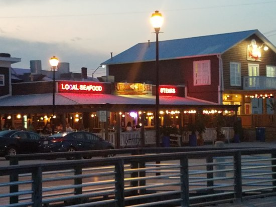 Red fish grill morehead city restaurant reviews phone for Red fish restaurant