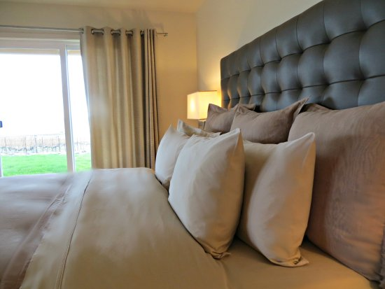 Johnson Ridge Inn & Vineyard: Guest House