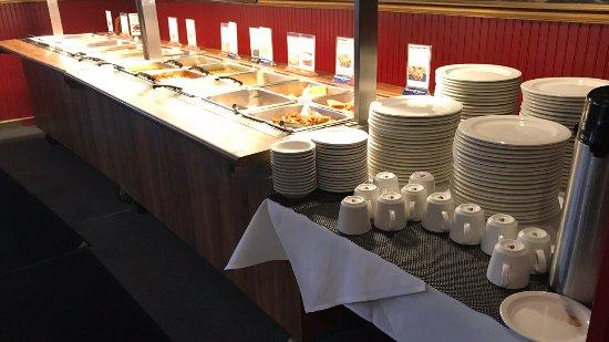 Taj India Indian Restaurant: Buffet Overview