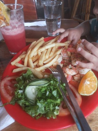 Image result for Coco's Bar y Restaurante cahuita