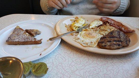 Vaughn, NM: Breakfast platter