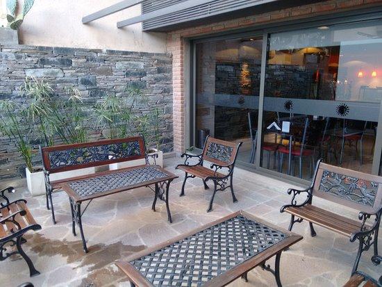 Hotel Sol de Piedra: Terraza del desayunador