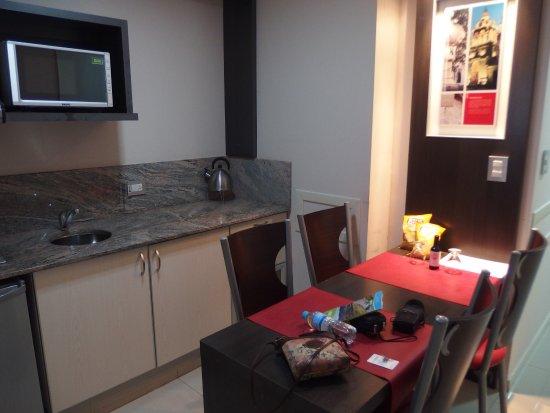 Hotel Sol de Piedra: Zona office