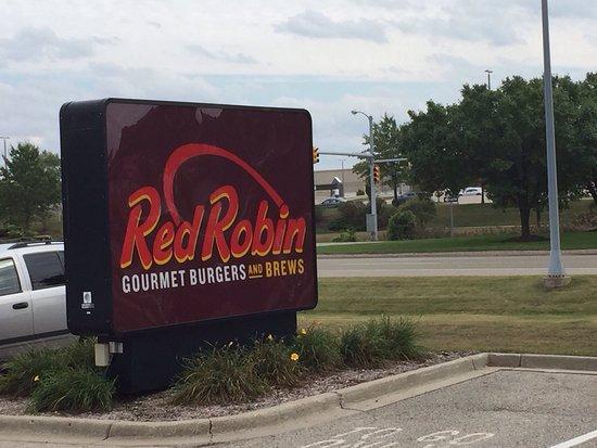 Red Robin Gourmet Burgers: photo0.jpg