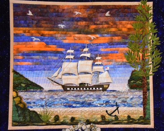 Whitianga, New Zealand: A mavellous Quilt depicting HMS Endevour