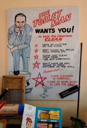 Pocatello, ID: Toilet Man Exhortations for Clean School Rooms