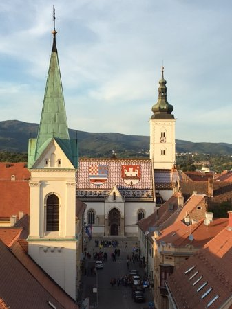 Lotrščak Tower: 塔の上から見た聖マルコ教会
