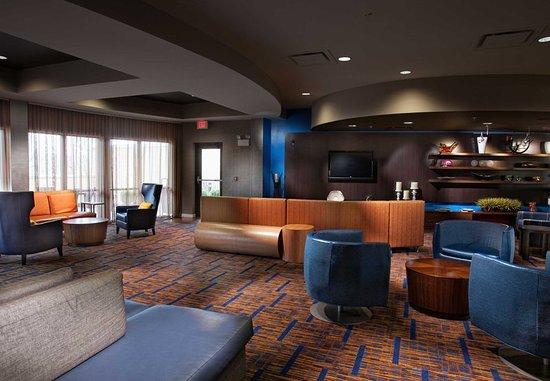 Fayetteville, AR: Lobby Lounge