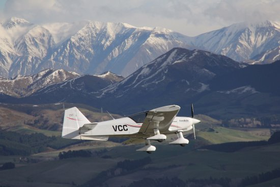 Canterbury Aero Club: One of our aircraft up close to the Southern Alps