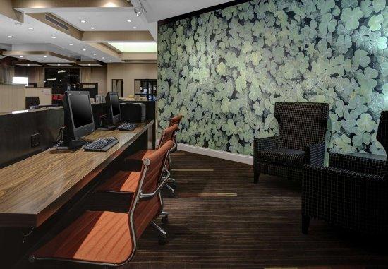 Saint Cloud, MN: Business Center