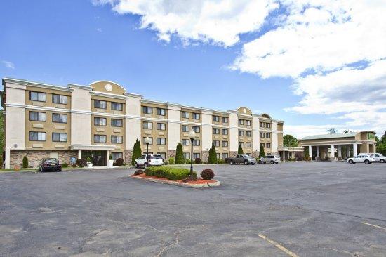 هوليداي إن بلاتسبيرج - أديرونداك إريا: Holiday Inn Plattsburgh NY Adirondack Region
