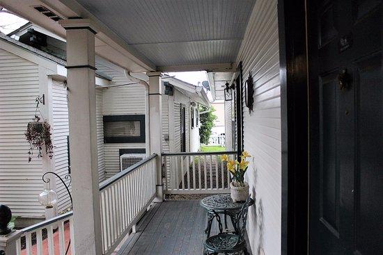 Jefferson, TX: neighbors porch