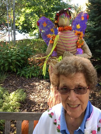 Chanhassen, MN: The Fairy scarecrow looking over Mom