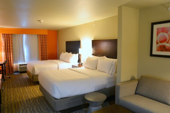 Double Bed Guest Room Picture Of Holiday Inn Express