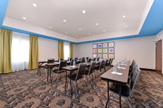 Tomball, TX: Meeting Room