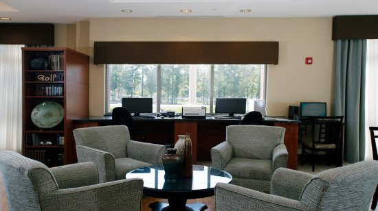 Holiday Inn Express Leland-Wilmington Area Hotel Lobby