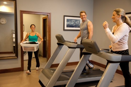 Lanham, MD: Complimentaet 24-Hour Expansive Fitness Center