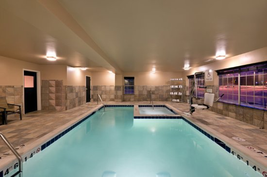 Fraser, CO: Relax by our indoor Swimming Pool