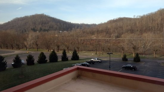 Wheeling Island Racetrack and Gaming Center