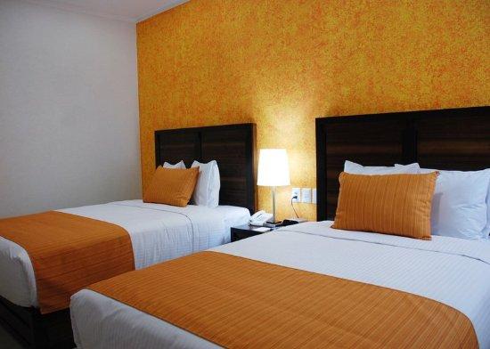 Comfort Inn Cancun Aeropuerto: Guest Room
