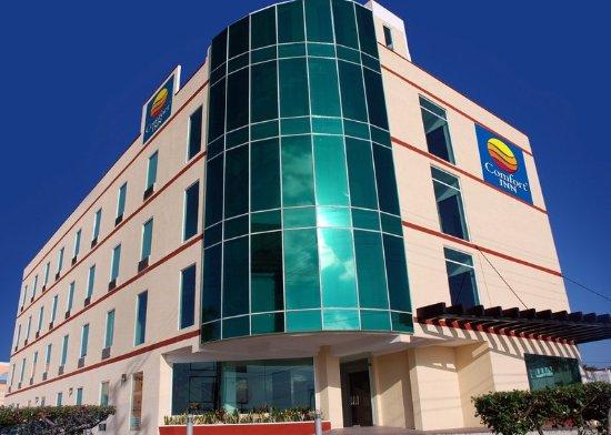 Comfort Inn Cancun Aeropuerto: Exterior