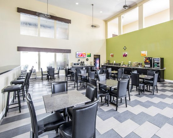 Quality Inn Amp Suites West Waterpark Updated 2017 Prices